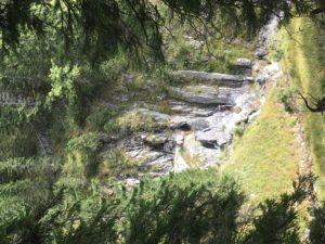 Blick auf einen Wasserfall